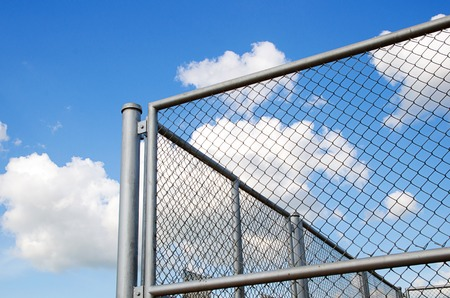 chain link fence installation repair